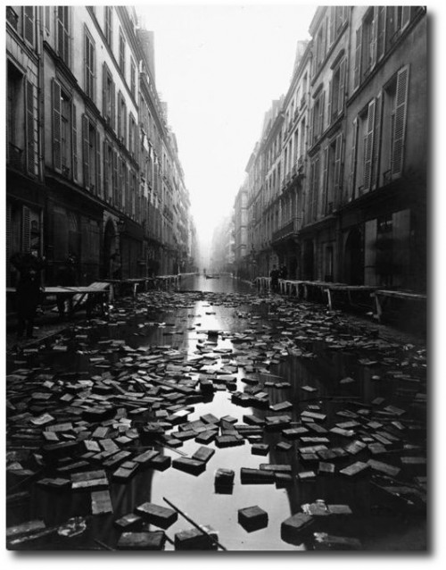 The Paris Library floods 1910 500x638 Should you buy Flood and Earthquake Insurance?